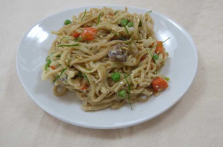 Quick Egg and Vegetable Noodles