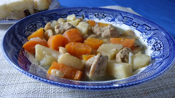 Slow cooker sausage casserole French style