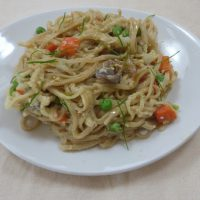 A plate of egg and vegetable noodles - a quick supper from busylizziecooks.com