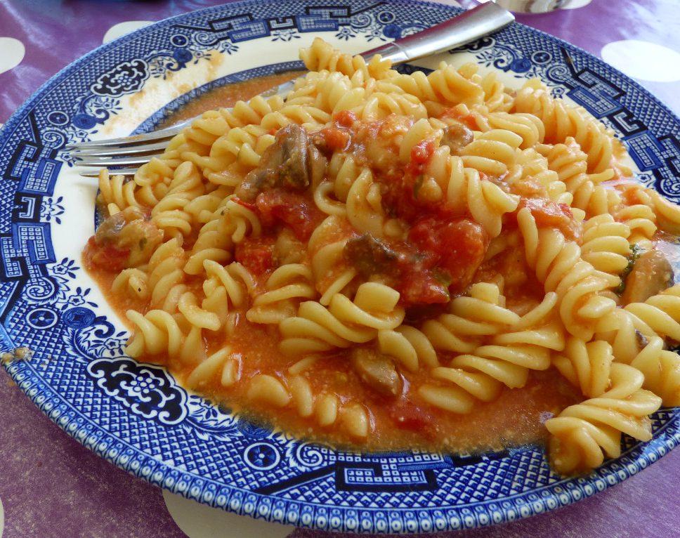 Really Quick Garlic Mushroom Pasta