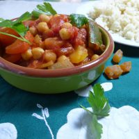 A speedy moroccan chickpea stew from busylizziecooks.com